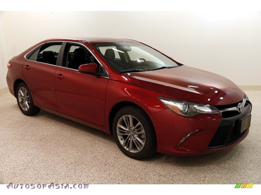 2017 Camry SE - Ruby Flare Pearl / Black photo #1