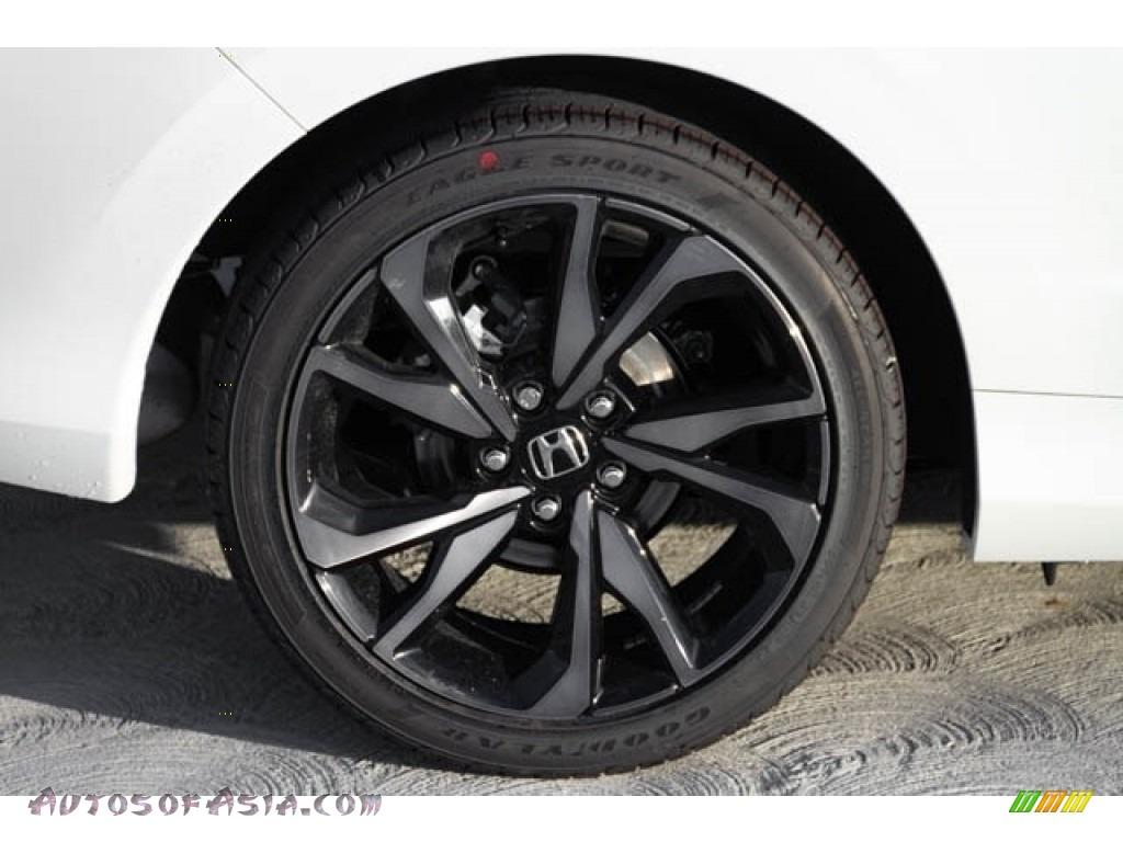 2019 Civic Sport Coupe - Platinum White Pearl / Black photo #12