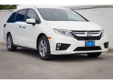 White Diamond Pearl 2019 Honda Odyssey EX