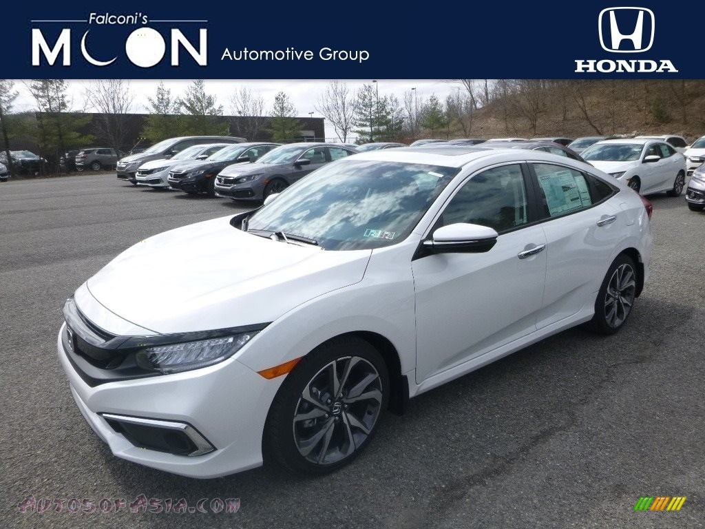 2019 Civic Touring Sedan - Platinum White Pearl / Black photo #1