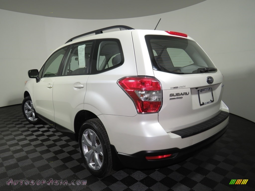 2015 Forester 2.5i - Satin White Pearl / Gray photo #22
