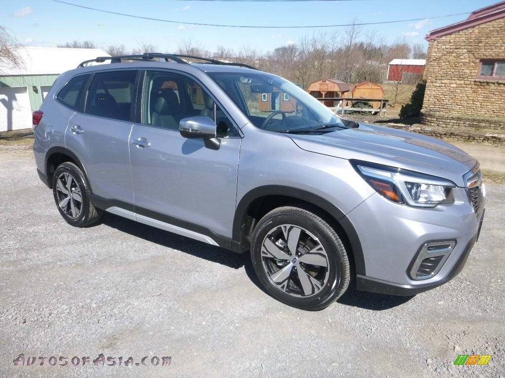 2019 Forester 2.5i Touring - Ice Silver Metallic / Black photo #1