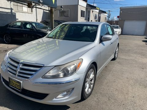 Platinum Metallic 2013 Hyundai Genesis 3.8 Sedan