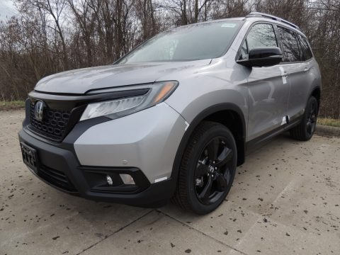 Lunar Silver Metallic 2019 Honda Passport Elite AWD