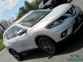Nissan Rogue SL AWD Brilliant Silver photo #32