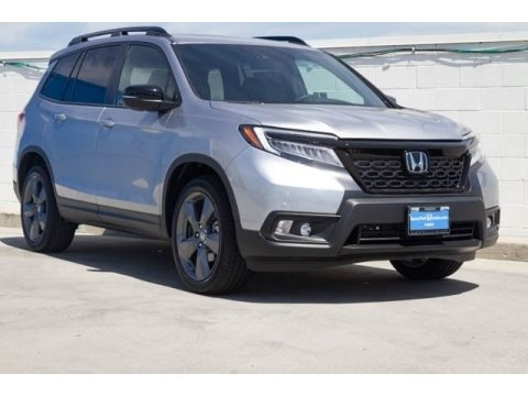 Lunar Silver Metallic 2019 Honda Passport Touring