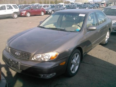 Brilliant Silver Metallic 2002 Infiniti I 35