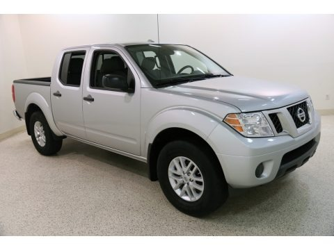 Brilliant Silver 2018 Nissan Frontier SV Crew Cab 4x4
