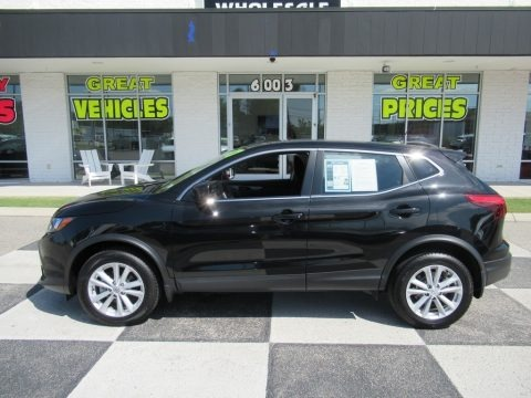 Magnetic Black 2017 Nissan Rogue Sport S AWD