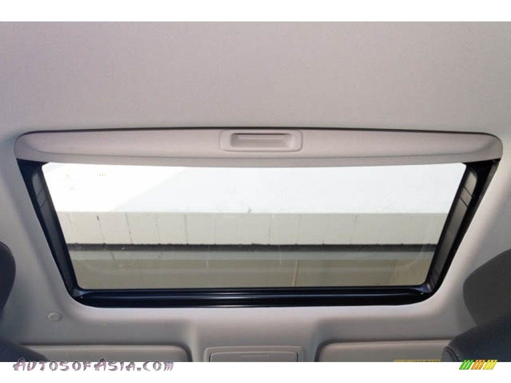 2019 Accord EX Hybrid Sedan - Platinum White Pearl / Black photo #26
