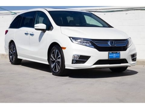 White Diamond Pearl 2019 Honda Odyssey Elite