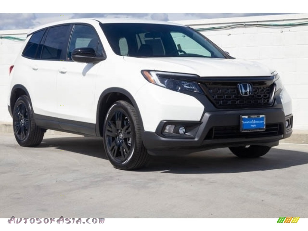 White Diamond Pearl / Black Honda Passport Sport