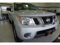 Nissan Frontier SV Crew Cab 4x4 Brilliant Silver photo #12