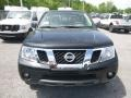 Nissan Frontier SV Crew Cab 4x4 Midnight Black photo #8