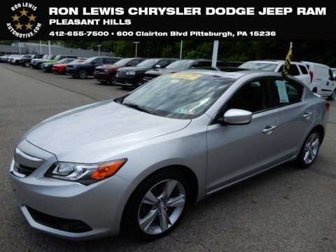 Silver Moon 2013 Acura ILX 2.0L Technology