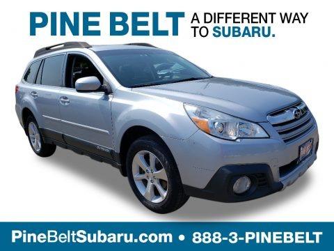 Ice Silver Metallic 2014 Subaru Outback 2.5i Limited