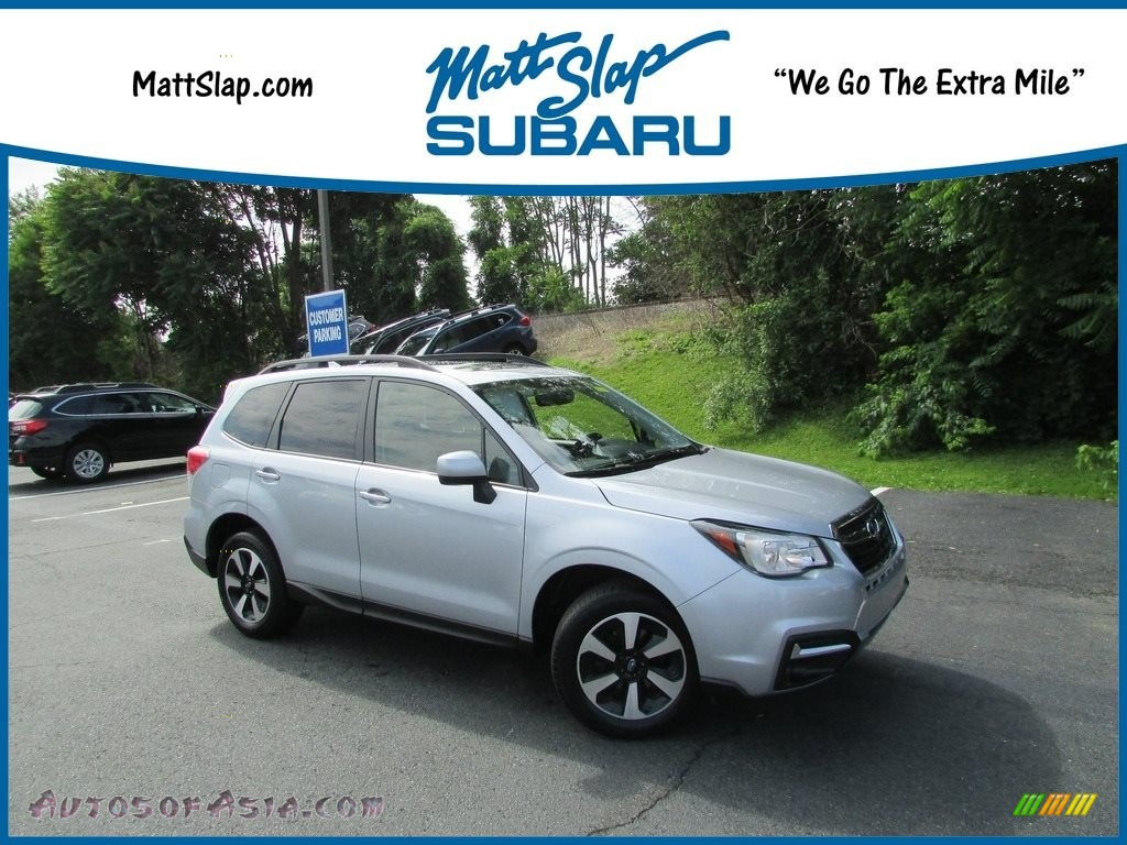 2017 Forester 2.5i Premium - Ice Silver Metallic / Gray photo #1