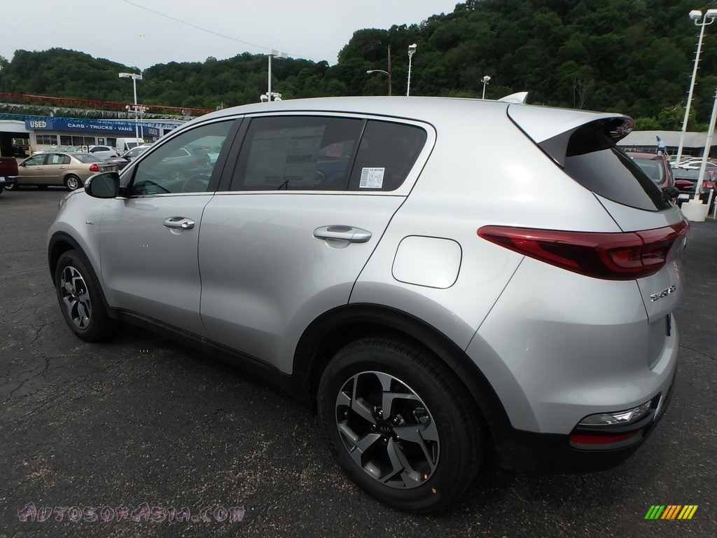 2020 Sportage LX AWD - Sparkling Silver / Black photo #5