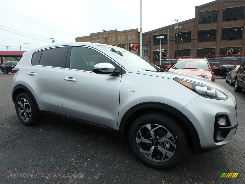 2020 Sportage LX AWD - Sparkling Silver / Black photo #9