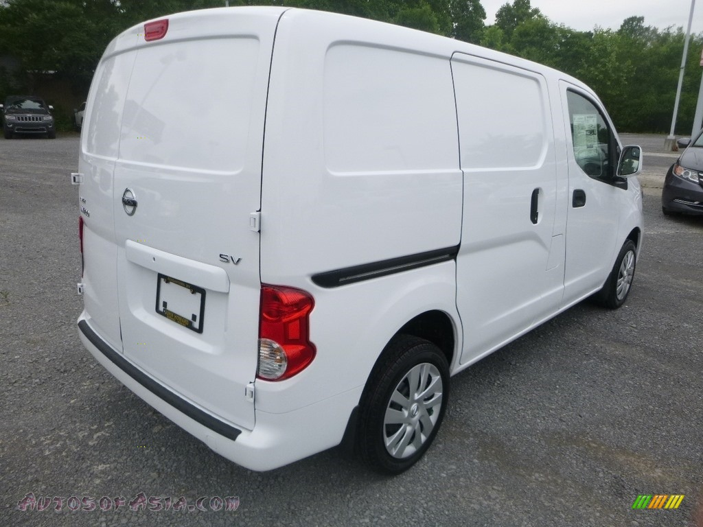 2019 NV200 SV - Fresh Powder White / Gray photo #4