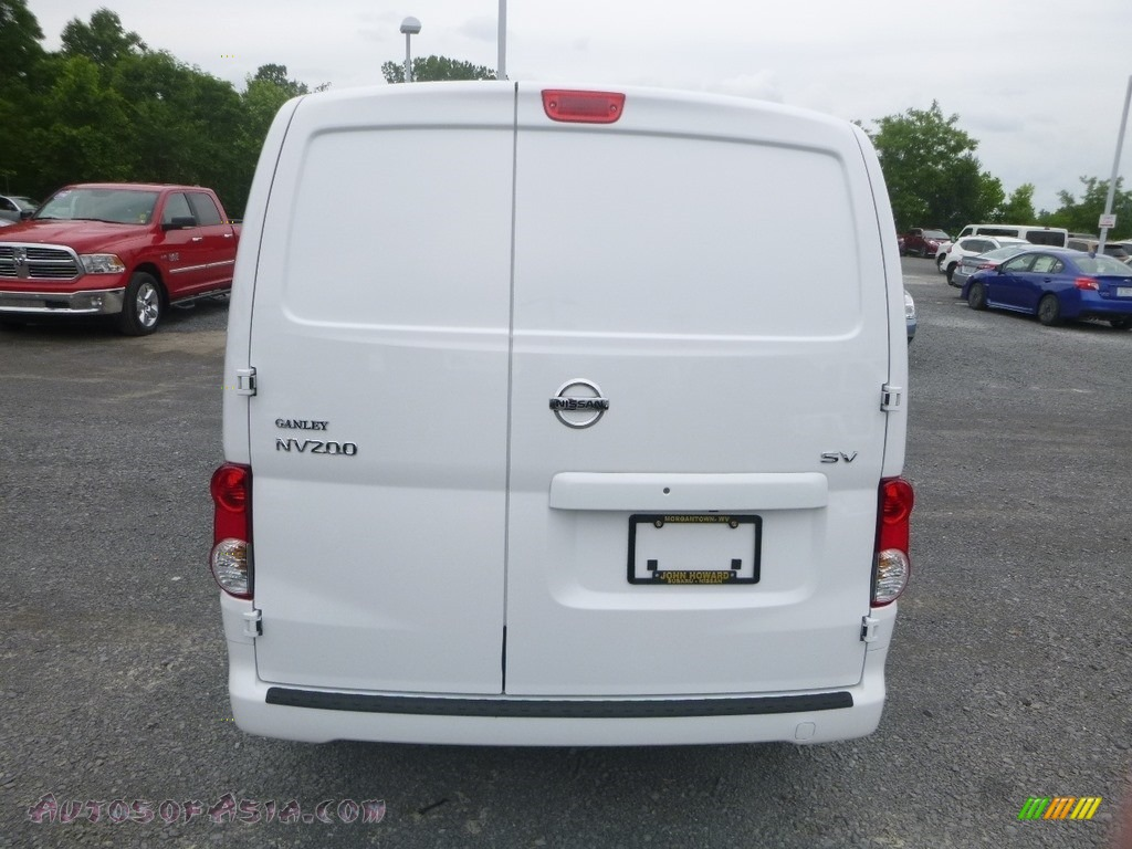 2019 NV200 SV - Fresh Powder White / Gray photo #5