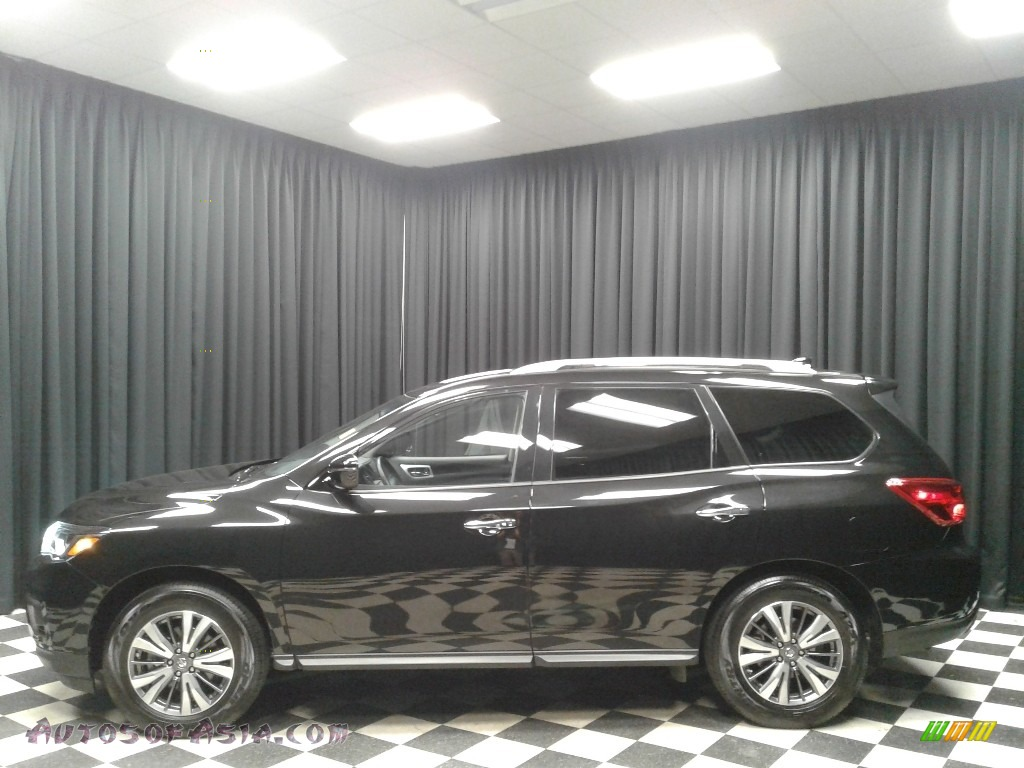 2019 Pathfinder SV - Magnetic Black Pearl / Charcoal photo #1