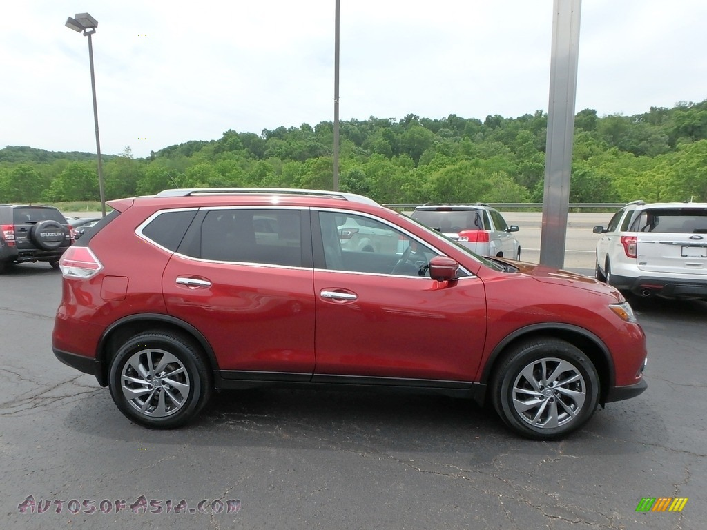 2015 Rogue SL AWD - Cayenne Red / Charcoal photo #5