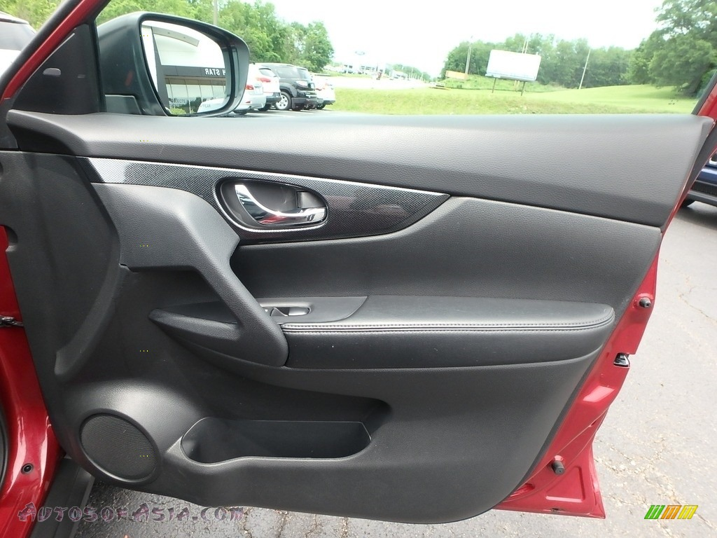 2015 Rogue SL AWD - Cayenne Red / Charcoal photo #6