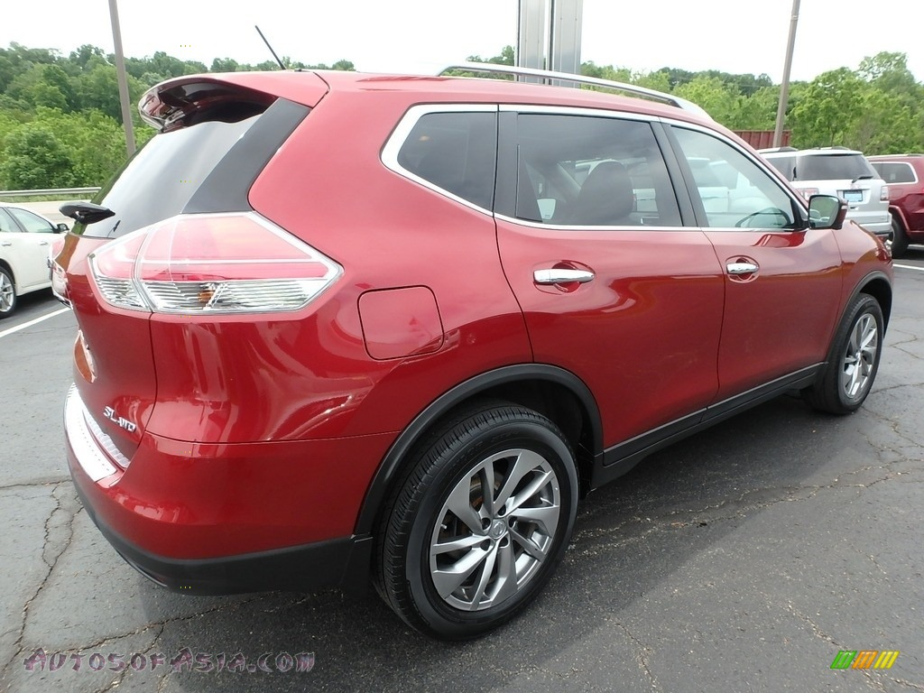 2015 Rogue SL AWD - Cayenne Red / Charcoal photo #8