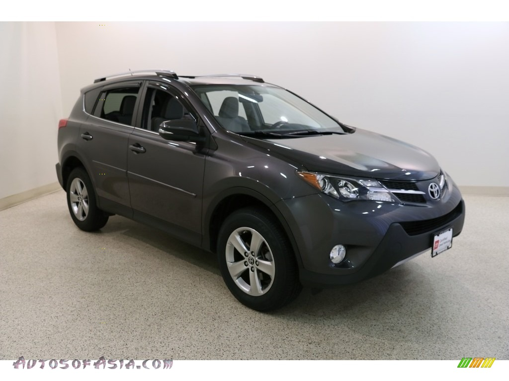 2015 RAV4 XLE - Magnetic Gray Metallic / Ash photo #1
