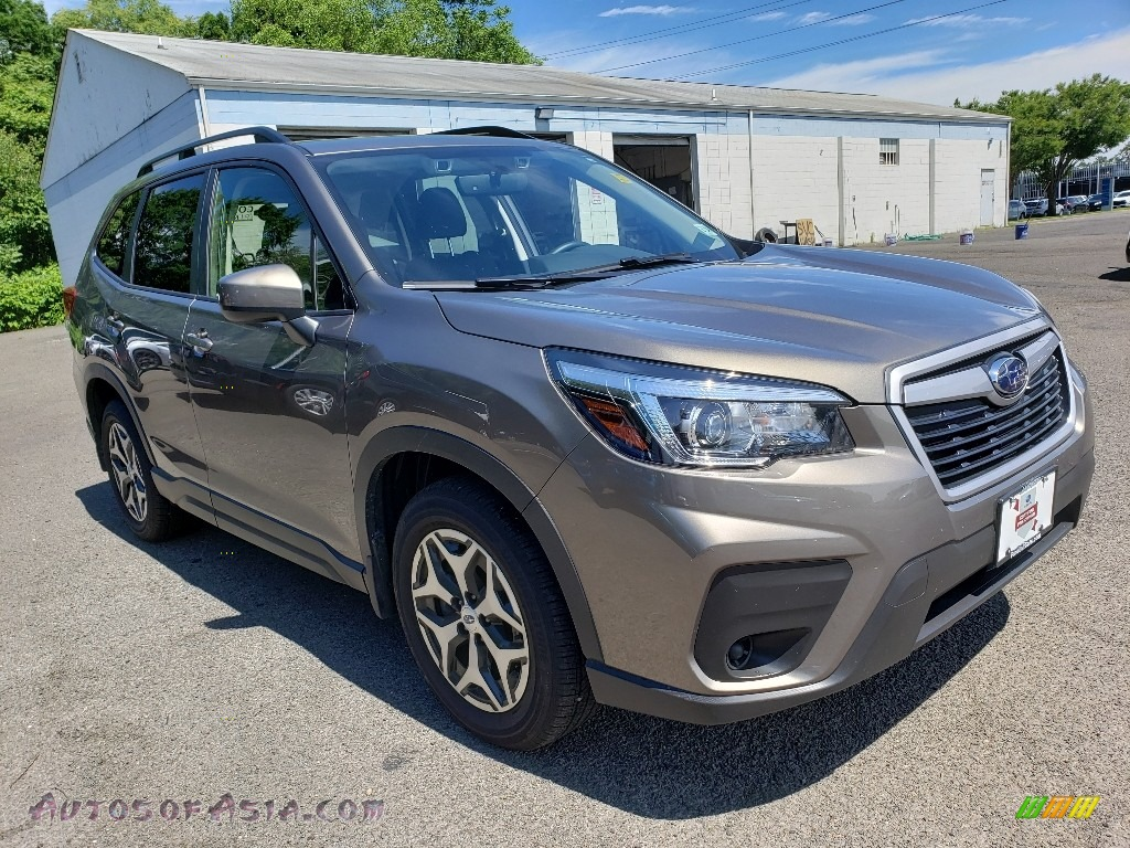2019 Forester 2.5i Premium - Sepia Bronze Metallic / Black photo #1