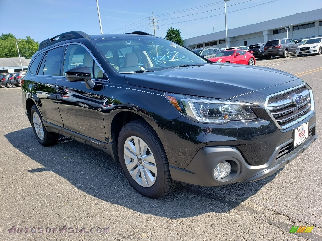2019 Outback 2.5i Premium - Crystal Black Silica / Warm Ivory photo #1