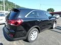Kia Sorento L Ebony Black photo #2