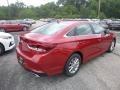 Hyundai Sonata SE Scarlet Red photo #2