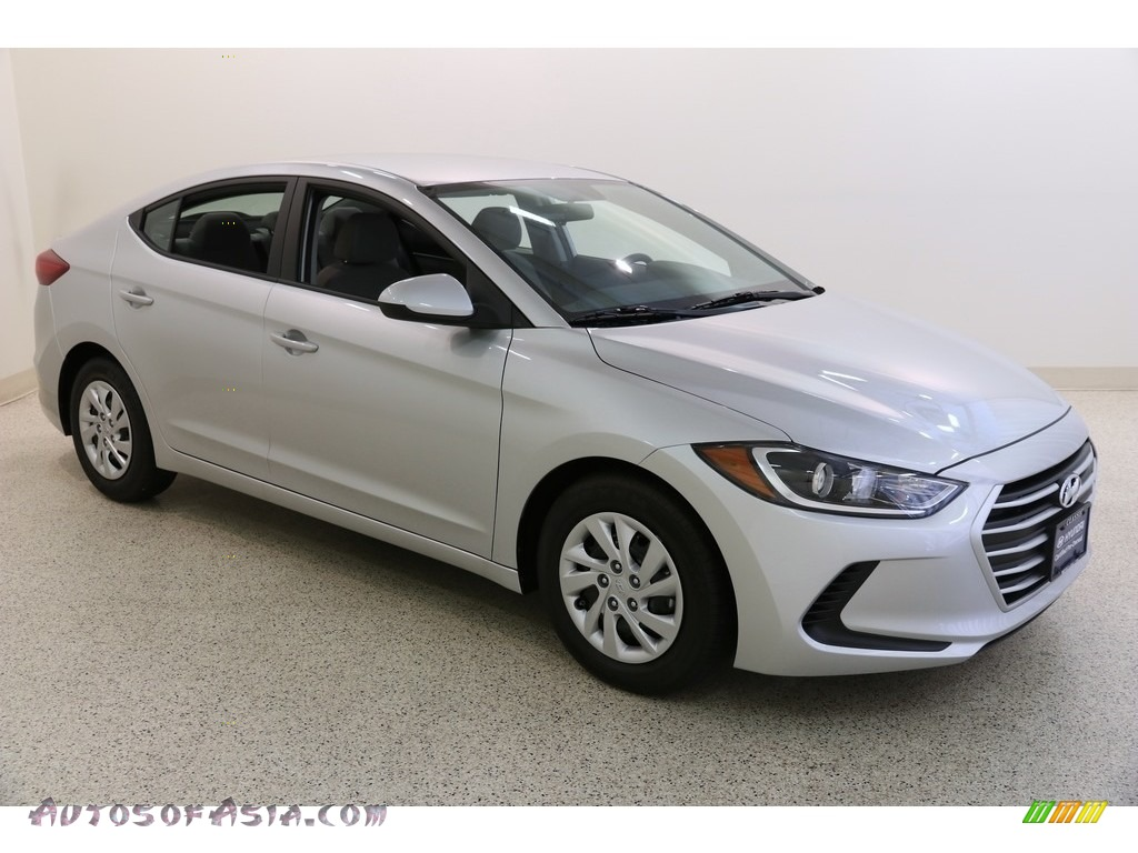 2018 Elantra SE - Symphony Silver / Gray photo #1