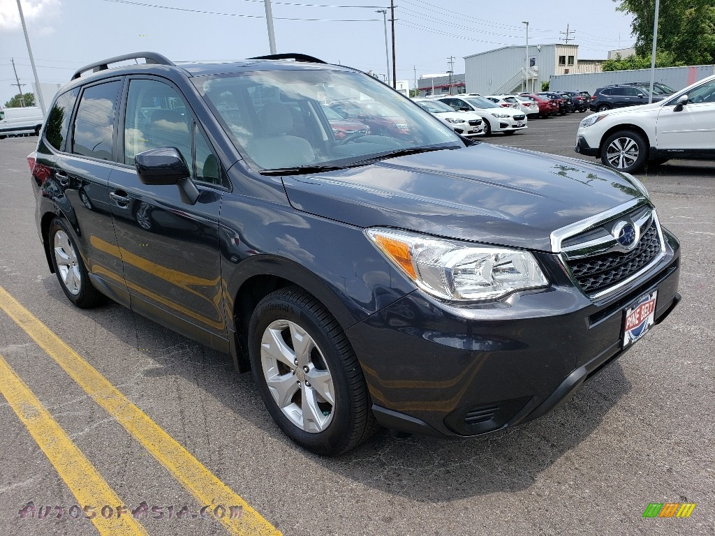 2015 Forester 2.5i Premium - Dark Gray Metallic / Gray photo #1