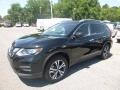Nissan Rogue SV AWD Magnetic Black photo #8