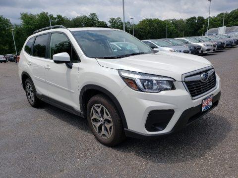 Crystal White Pearl 2019 Subaru Forester 2.5i Premium