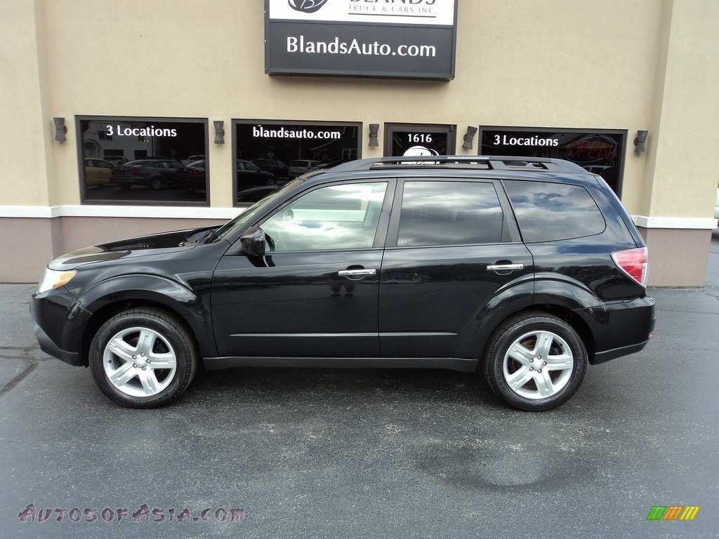 2010 Forester 2.5 X Premium - Obsidian Black Pearl / Platinum photo #1