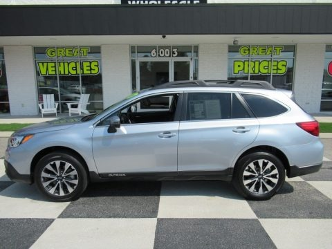 Ice Silver Metallic 2017 Subaru Outback 2.5i Limited