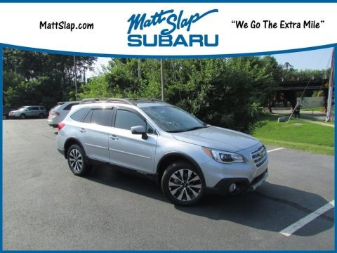 Ice Silver Metallic 2017 Subaru Outback 3.6R Limited