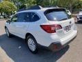 Subaru Outback 2.5i Premium Crystal White Pearl photo #4