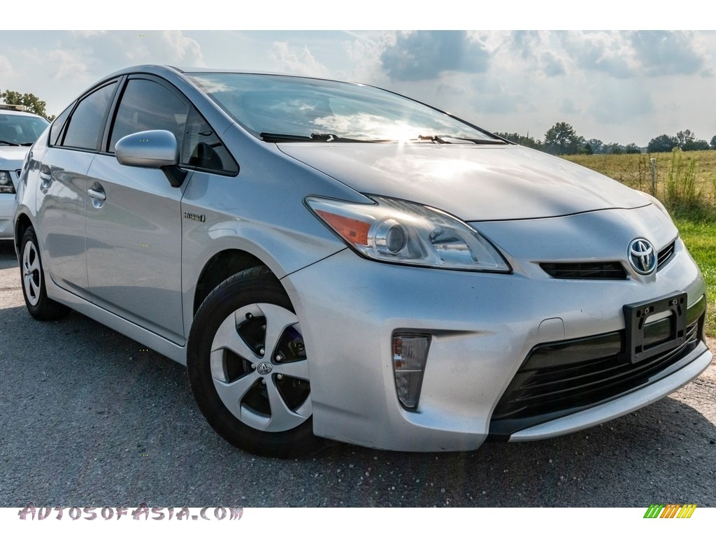 Classic Silver Metallic / Misty Gray Toyota Prius Five Hybrid