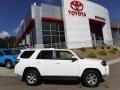 Toyota 4Runner SR5 4x4 Super White photo #2