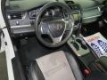 Toyota Camry SE Super White photo #16