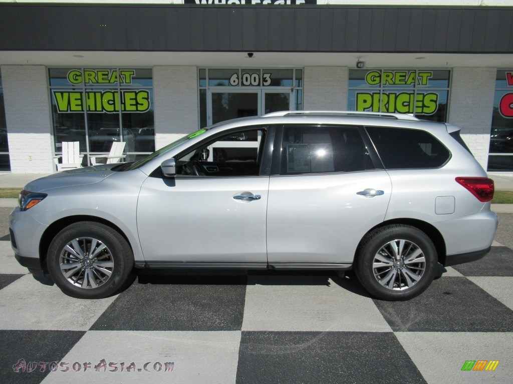 2019 Pathfinder SV - Brilliant Silver Metallic / Charcoal photo #1