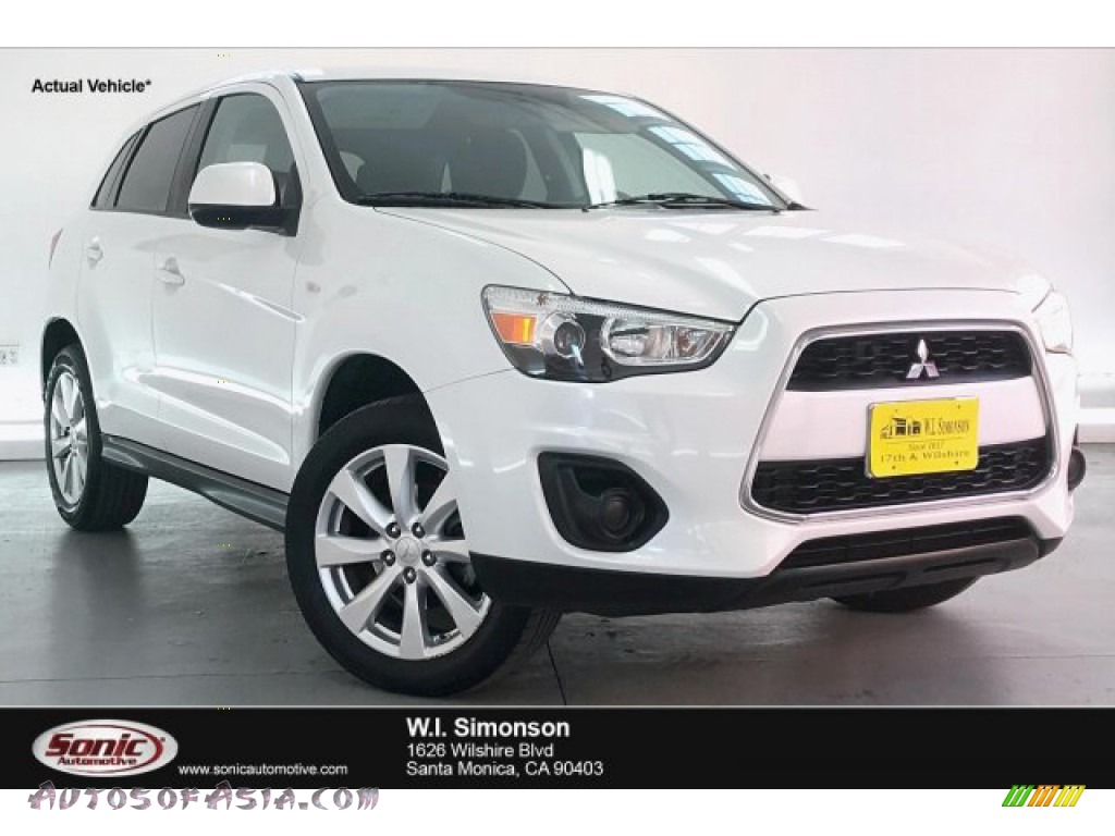 2015 Outlander Sport ES - White / Black photo #1