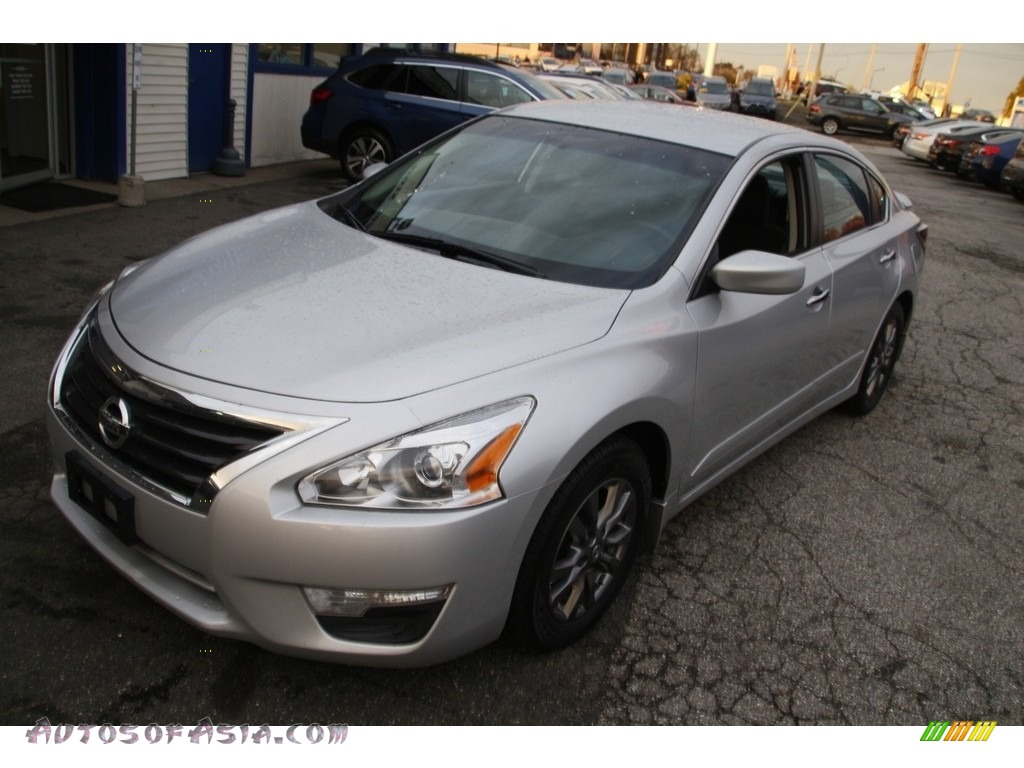 2015 Altima 2.5 S - Brilliant Silver / Charcoal photo #1