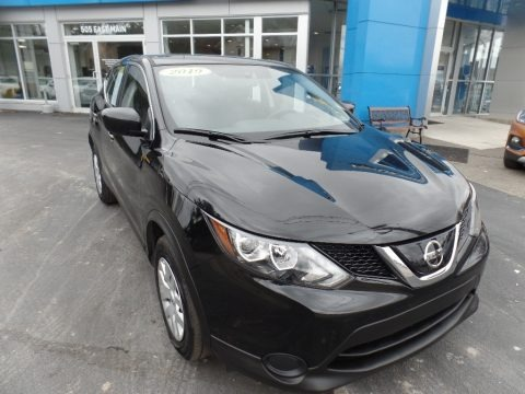 Magnetic Black Pearl 2019 Nissan Rogue Sport S AWD