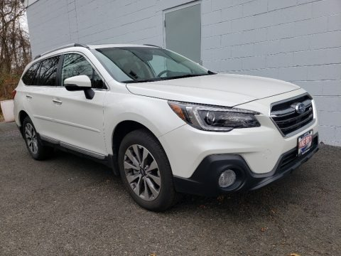 Crystal White Pearl 2019 Subaru Outback 3.6R Touring